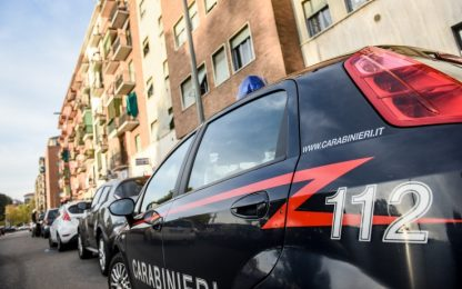 Cesenate, bimbo di 3 anni scende dall'auto del papà e muore investito