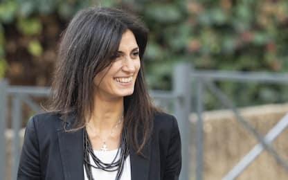 """Roma, Virginia Raggi: """"Acceleriamo su divieto alle plastiche monouso"""""""