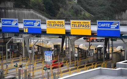 Autostrade, via libera a riduzione tariffe. Toninelli: è rivoluzione