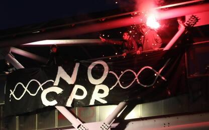 A Milano in centinaia alla manifestazione contro il Decreto Sicurezza