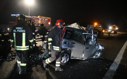 Auto contromano su statale 38, 6 morti in Valtellina. FOTO