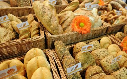 Ercolano, il forno che regala ogni sera il pane invenduto ai bisognosi