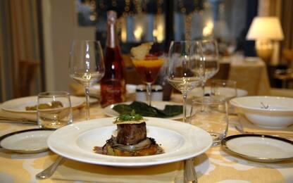Natale: le dieci regole per la tavola perfetta, a prova di galateo