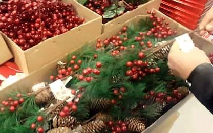 Cosenza, sequestrati oltre 1 milione di giocattoli e addobbi di Natale