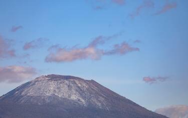 2Agenzia_Fotogramma_Neve_Vesuvio