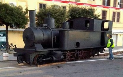 Epifania, a Fiumicino la Befana arriva su una locomotiva del 1880