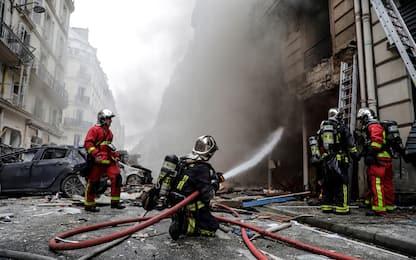 Parigi: palazzo esplode per fuga di gas. Quattro morti