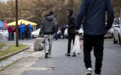 Chiude il Cara di Castelnuovo: 500 migranti trasferiti. FOTO