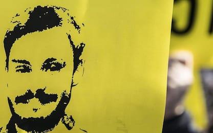 Giulio Regeni, M5S espone striscione dal palazzo del Consiglio Fvg