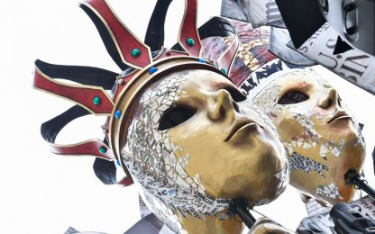 Carnevale di Viareggio 2019: snobbati i politici italiani, c'è Trump