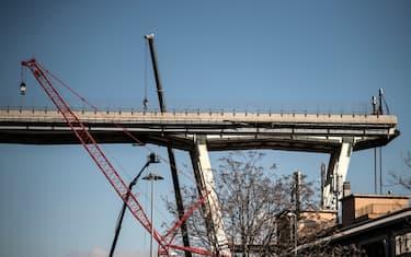 ponte_morandi_demolizione_getty7