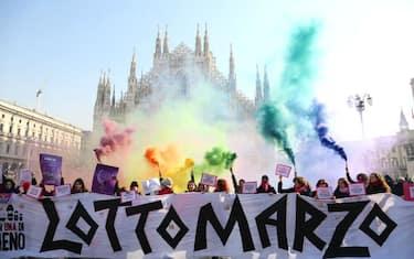Fotogramma_Flashmob_femminista_milano_2
