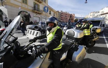 I gilet gialli a Sanremo, corteo in città. FOTO