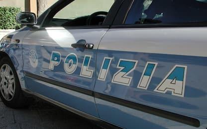 Catania, in scooter con figlio neonato: due denunce e multa salata