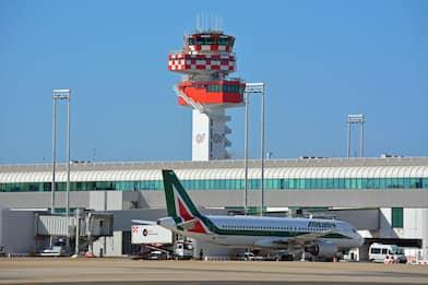 Alitalia, lunedì 25 marzo sciopero nazionale nel trasporto aereo