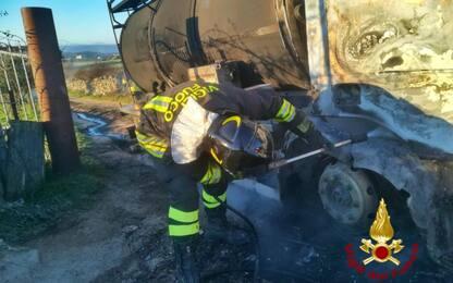Proteste del latte in Sardegna, assalto armato ad autocisterna