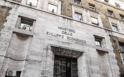 Roma, intascavano fondi pubblici: 28 indagati tra cui dirigente Mise