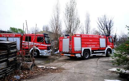 Milano, rifiuti: incendio in deposito azienda cartaria