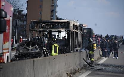 Bus incendiato Milano, difesa Sy: non appiccò fuoco né voleva uccidere