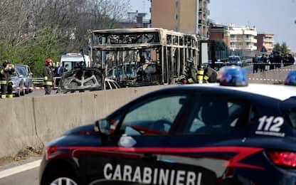 Bus incendiato a Milano, pm chiede condanna a 24 anni per Sy