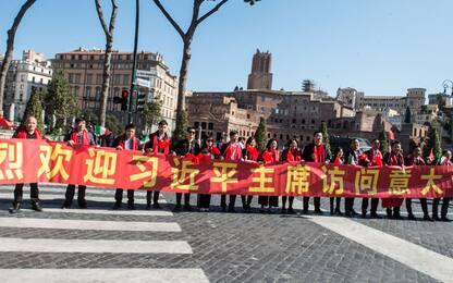Roma, la comunità cinese accoglie il presidente Xi Jinping