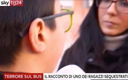 """Autobus incendiato, uno dei ragazzini: """"Mi sono offerto come ostaggio"""""""