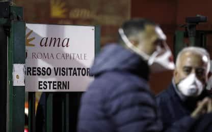"""Rifiuti a Roma, Raggi: """"L'esercito a presidio dei siti di smaltimento"""""""
