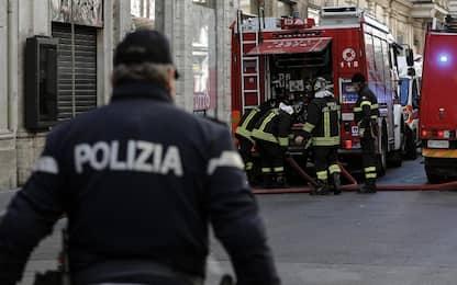 Incendio a Roma, colonna di fumo sul GRA all'altezza di via Ardeatina