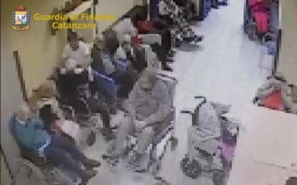Anziani maltrattati in una casa di riposo nel Catanzarese, 2 arresti