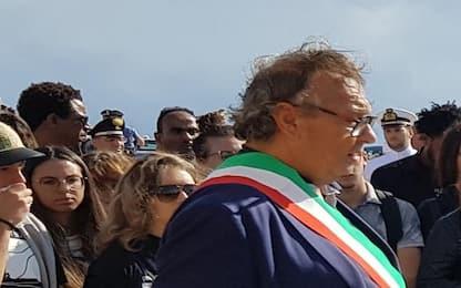 """Sindaco di Lampedusa sul volo da Palermo: """"Pioveva dentro l'aereo"""""""