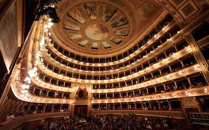 Coronavirus Sicilia, medici invitati a riapertura del Teatro Massimo
