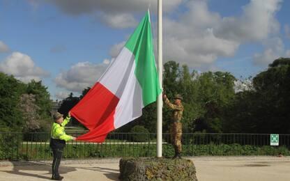 Adunata Alpini a Milano, atti vandalici: infranta vetrina della sede