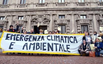 Ambiente, a Milano approvata la mozione sull'emergenza climatica