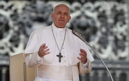 Il Papa incontra i ragazzi del bus dirottato e incendiato nel Milanese