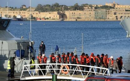 Migranti, in 70 sbarcati vicino a Taranto