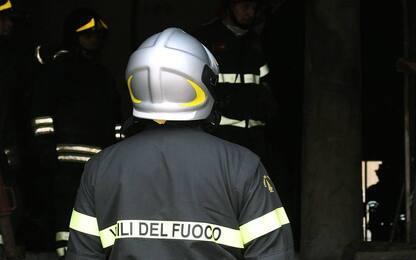 Incendio nel Monferrato, in fiamme un capannone