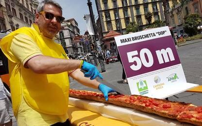 A Napoli bruschetta dop da record: 52,5 metri