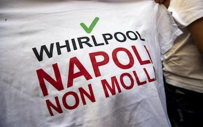 """Whirlpool, assemblea sindacati: """"Fa caldo, l'azienda non ragiona"""""""