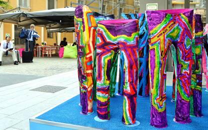 Autismo in Blue Jeans, da Monza la mostra sbarca a Milano