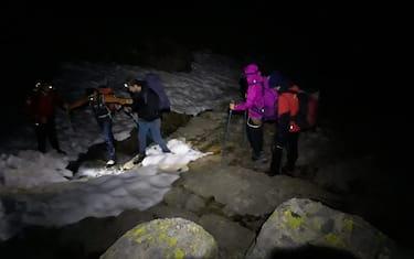 escursionisti_buio_ansa