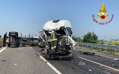A4, 2 incidenti tra Santhià e Carisio: tamponamenti tra mezzi pesanti