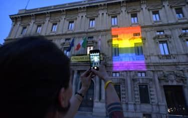 hero_palazzo_marino_pride_fotogramma