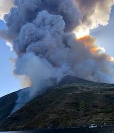 Stromboli, uno studio per stimare le probabilità di eruzioni esplosive