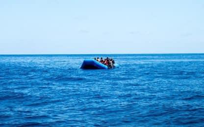 Migranti, Alan Kurdi verso Lampedusa. Open Arms soccorre 52 persone