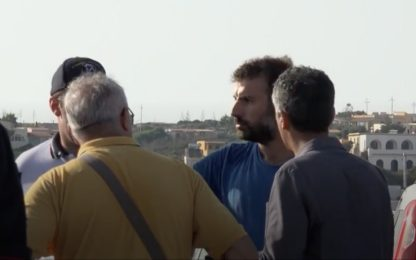 Alex, dialogo tra capo missione Mediterranea e forze dell'ordine