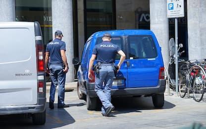 Torino, tenta di rubare in un negozio e picchia dipendente: arrestata