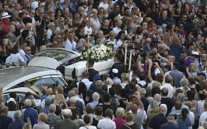 Funerali Nadia Toffa, l'ultimo saluto a Brescia. FOTO