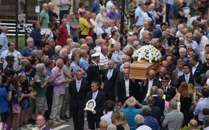 """Funerali Gimondi: """"Ci hai insegnato a lottare sempre"""". FOTO"""