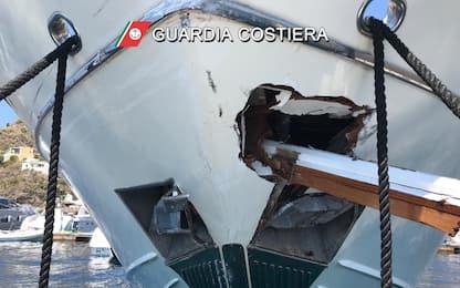 Eolie, traghetto si scontra con uno yacht: cinque feriti