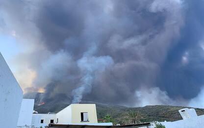 Stromboli, nuova eruzione: cratere si è calmato ed è sotto controllo